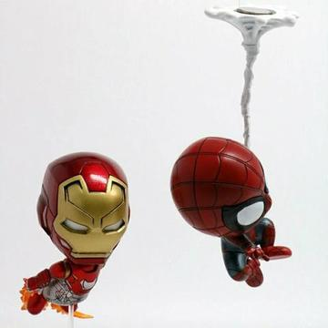 Miniatura Iron Man e Spiderman