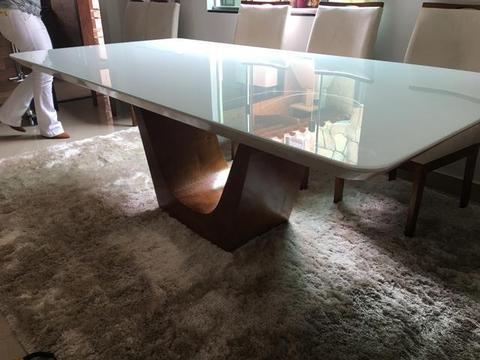 Mesa de jantar Natal retangular 8 cadeiras madeira acabamento luxo Laka