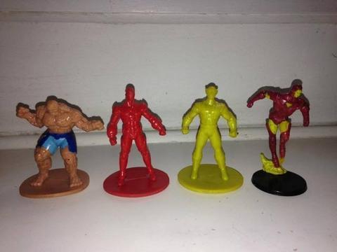 4 Bonecos Marvel Homem De Ferro O Coisa Wolverine 8cm R$60