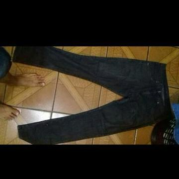 Vendo calças jeans 15 reais