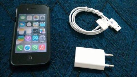 IPhone 4s 32 GB de Memória - Aparelho Novinho