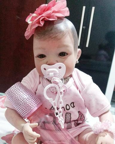 Bebe reborn menina com enxoval