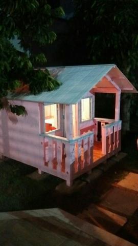 Casinha/casa de criança em Madeira