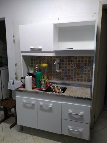 Cozinha compacta nova com pia