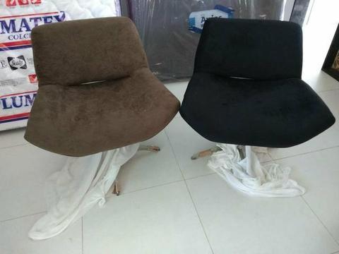 Cadeira Apoio Giratória com a Base de Inox