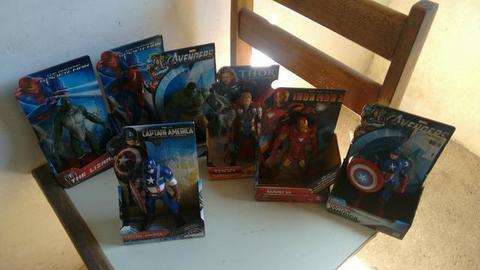 7 Bonecos da Marvel por 850