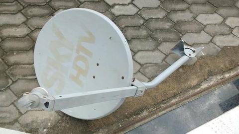 Antena satélite