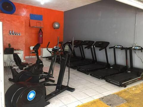 Esteira embreex Moviment techogym life matrix athetic (12)991839417