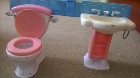Brinquedo Banheiro da boneca little Mommy