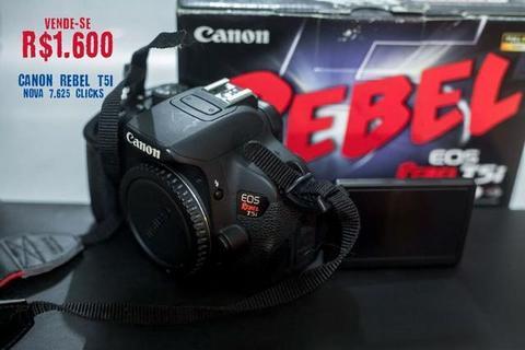 Camera Canon T5i (apenas corpo)