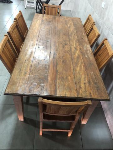 Mesa 8 lugares madeira pura