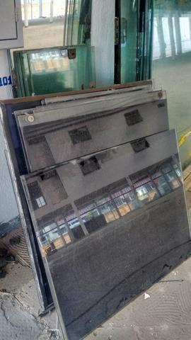 Vidros temperados usados diversos