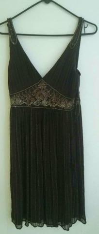 Lindo vestido de festa bordado!