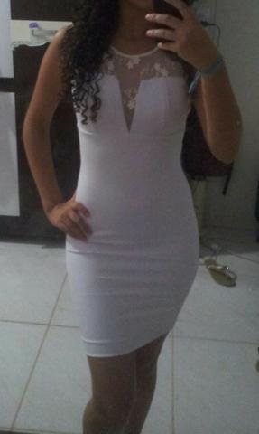 Vestido Branco Tamanho 36 Usado poucas vezes