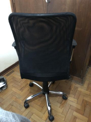 Cadeira de escritório conservada
