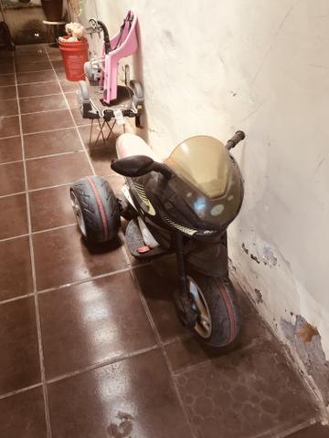 Vendo moto para crianças a bateria
