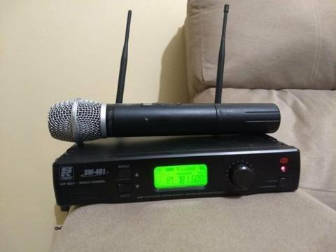 Microfone Sem Fio Mão Uhf Staner Sw 481 Digital