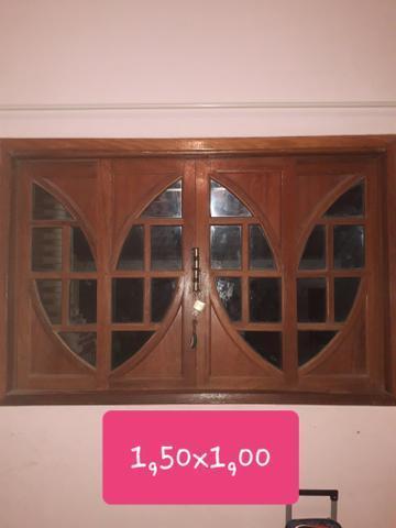 Portas e janelas de madeira maciça ,excelente qualidade