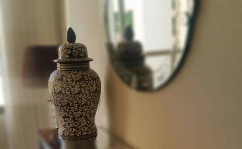 Vaso decorativo com tampa