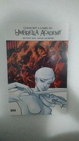 Umbrella Academy Autografado Pelo Gerard Way E Gabriel Ba