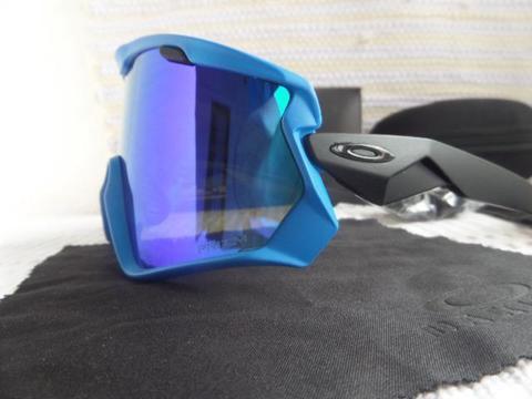 Óculos Oakley Wind Jacket 2.0 Preto C/ Lente Blue Prizm - Ciclismo e Esporte de Neve