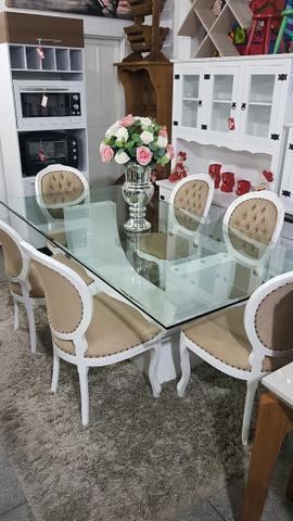 Conjunto Mesa Sala De Jantar com 8 Cadeiras