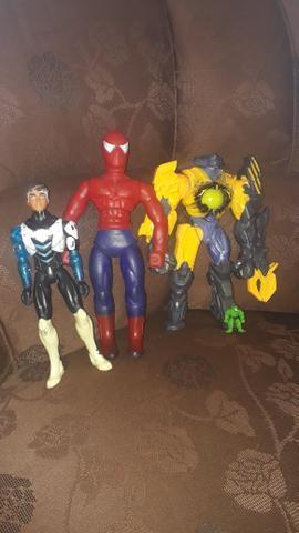 40 reais os três boneco original